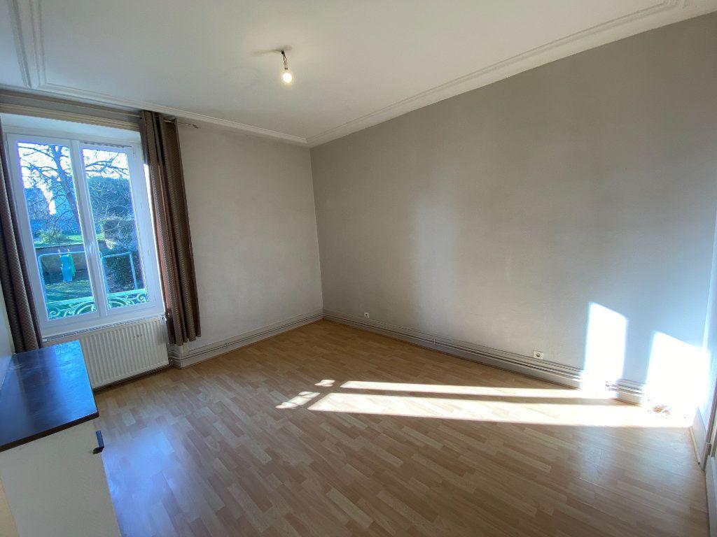 Appartement à louer 4 110m2 à Limoges vignette-12
