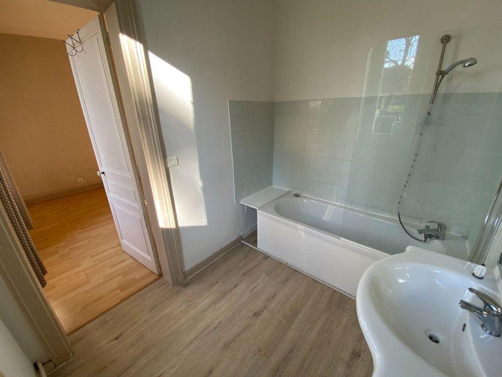 Appartement à louer 4 110m2 à Limoges vignette-14