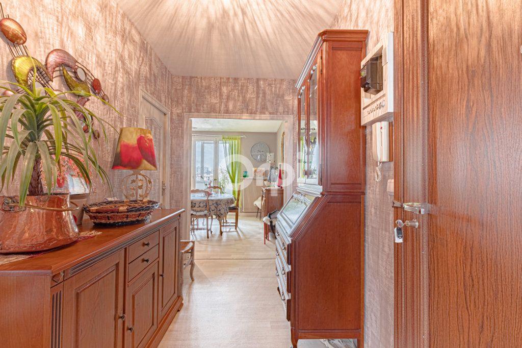 Appartement à vendre 3 73.58m2 à Limoges vignette-4