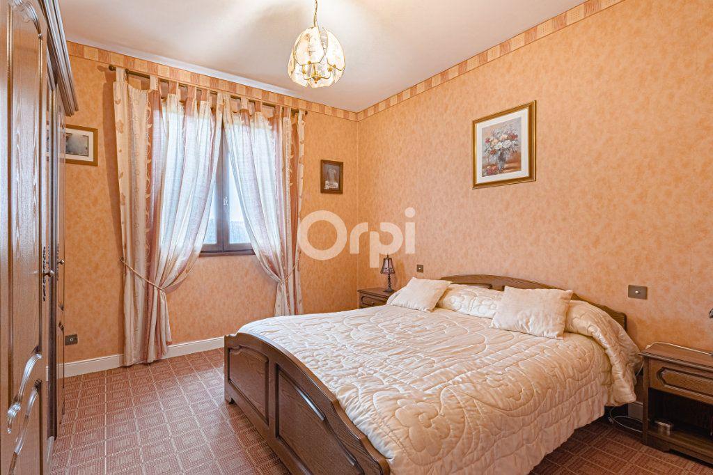 Maison à vendre 7 168.96m2 à Chamboret vignette-4