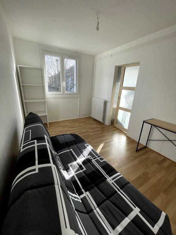 Appartement à louer 4 69.8m2 à Limoges vignette-7