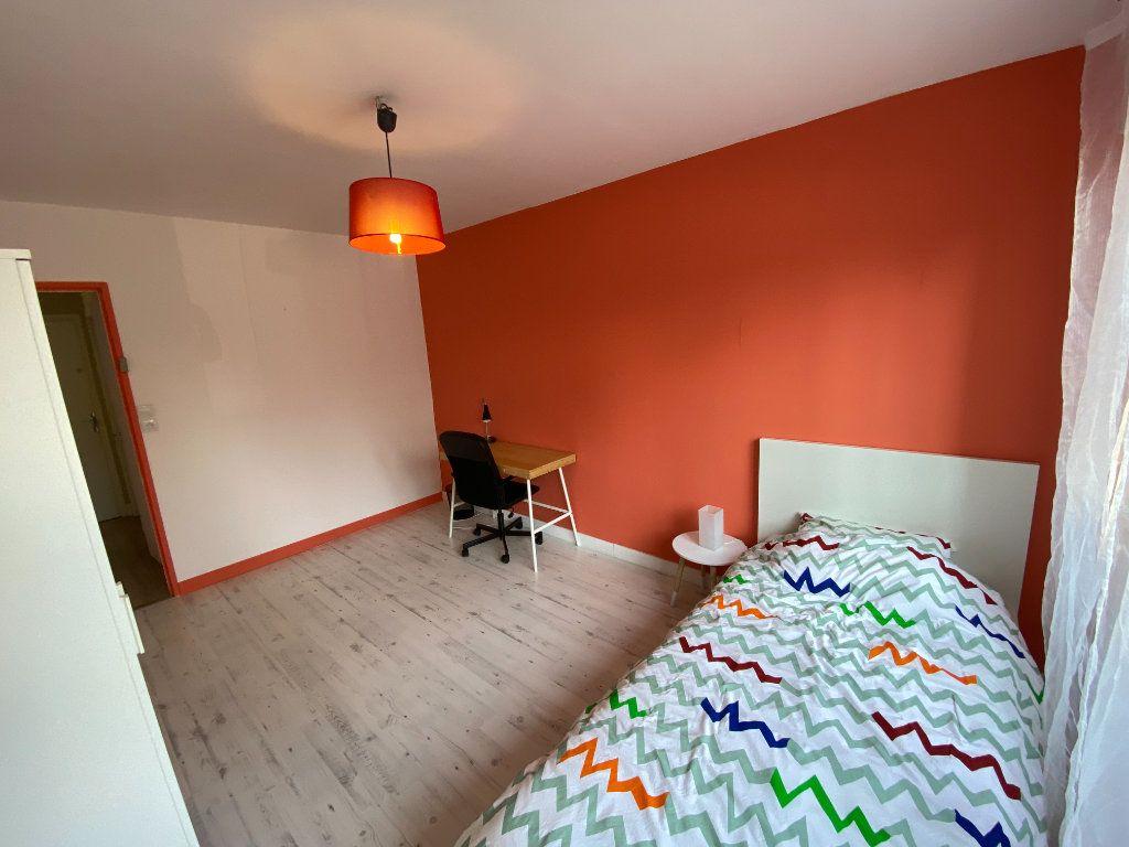 Appartement à louer 2 13.5m2 à Limoges vignette-2