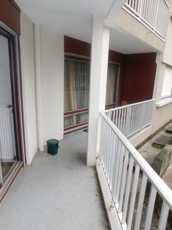 Appartement à louer 2 13.5m2 à Limoges vignette-7