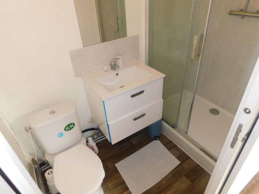Appartement à vendre 5 88.65m2 à Limoges vignette-8