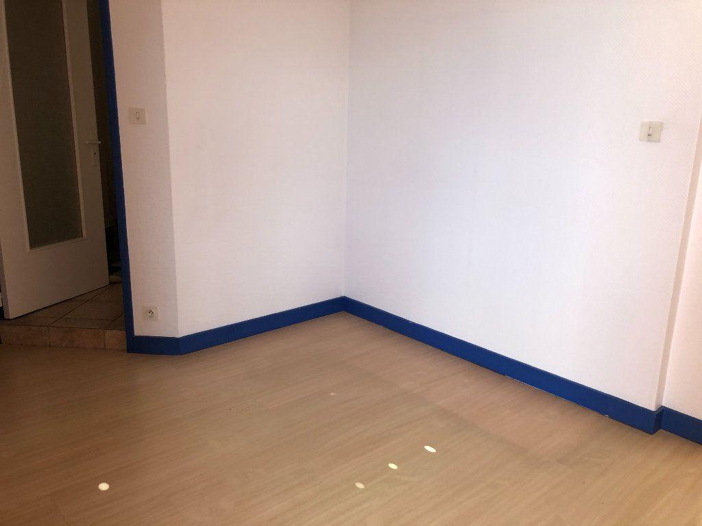 Appartement à vendre 1 34m2 à Limoges vignette-5