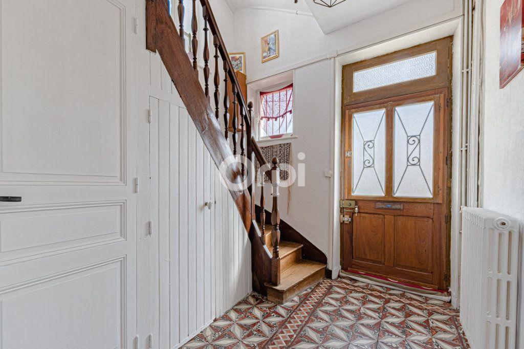 Maison à vendre 6 107.87m2 à Limoges vignette-2