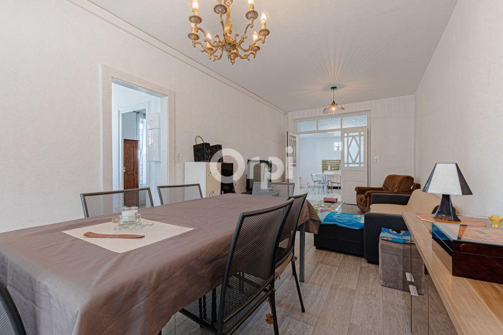 Maison à vendre 6 107.87m2 à Limoges vignette-4