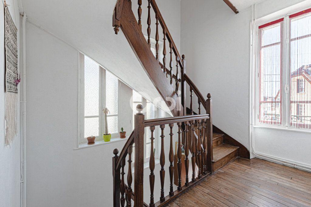 Maison à vendre 6 107.87m2 à Limoges vignette-5