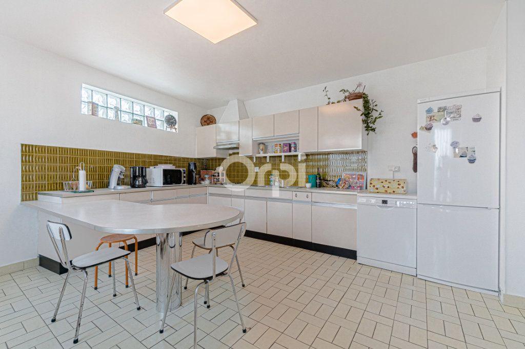 Maison à vendre 6 107.87m2 à Limoges vignette-6