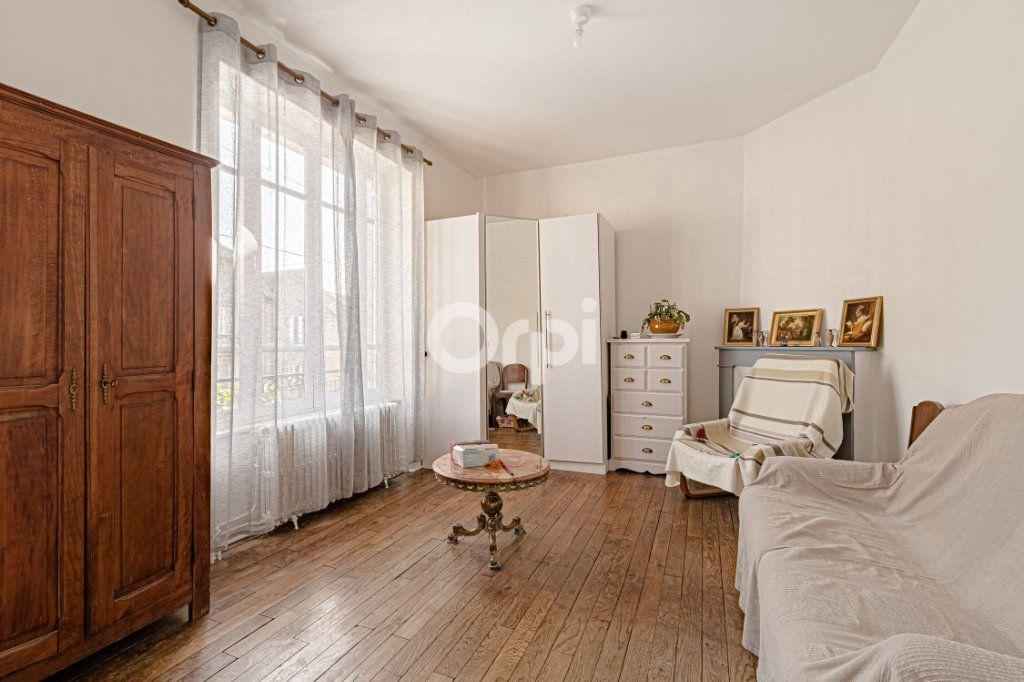 Maison à vendre 6 107.87m2 à Limoges vignette-9