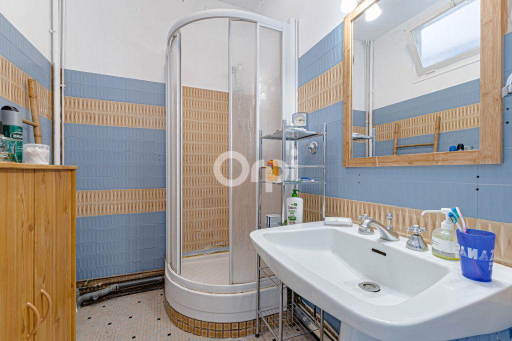 Maison à vendre 6 107.87m2 à Limoges vignette-10