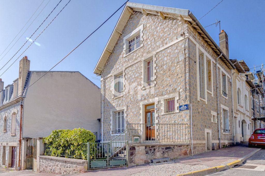 Maison à vendre 6 107.87m2 à Limoges vignette-15