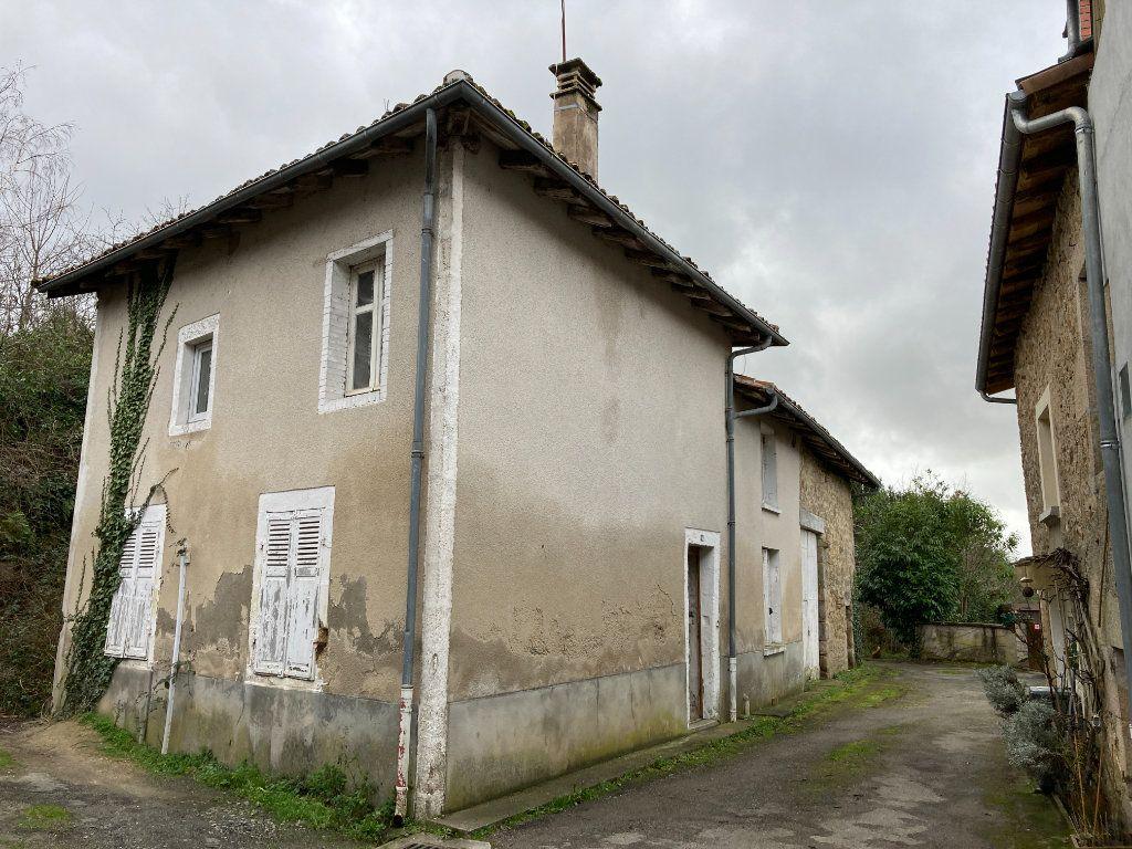 Maison à vendre 5 70m2 à Cognac-la-Forêt vignette-2