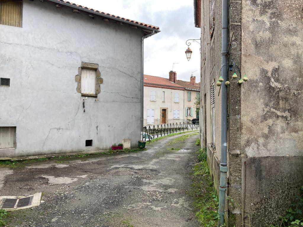 Maison à vendre 5 70m2 à Cognac-la-Forêt vignette-8