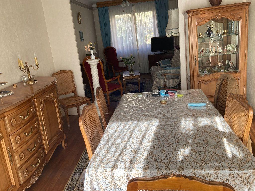 Maison à vendre 5 100.45m2 à Limoges vignette-3