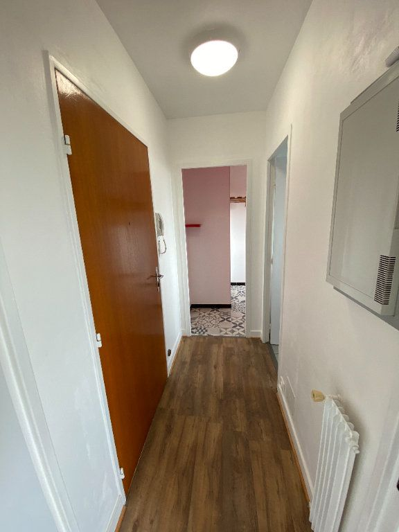 Appartement à louer 1 30.43m2 à Limoges vignette-4