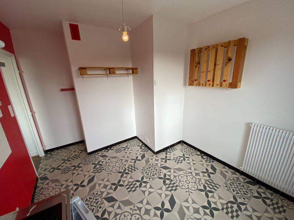 Appartement à louer 1 30.43m2 à Limoges vignette-10