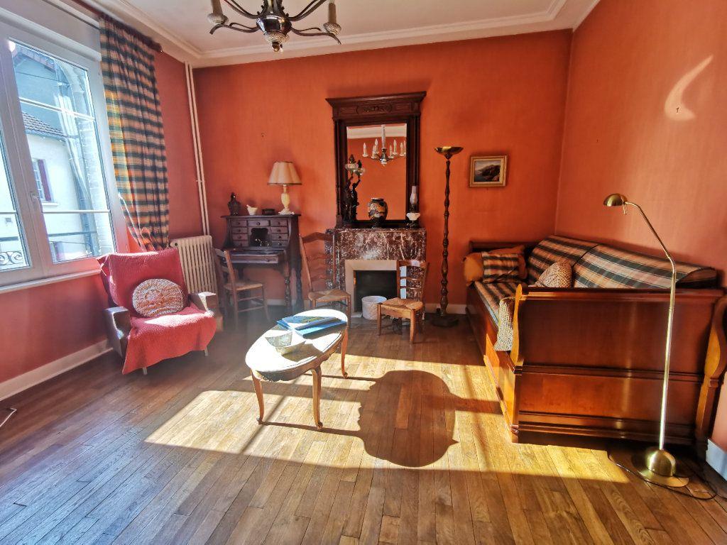 Maison à vendre 6 160m2 à Limoges vignette-1