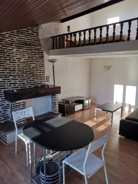 Appartement à louer 2 37m2 à Limoges vignette-1