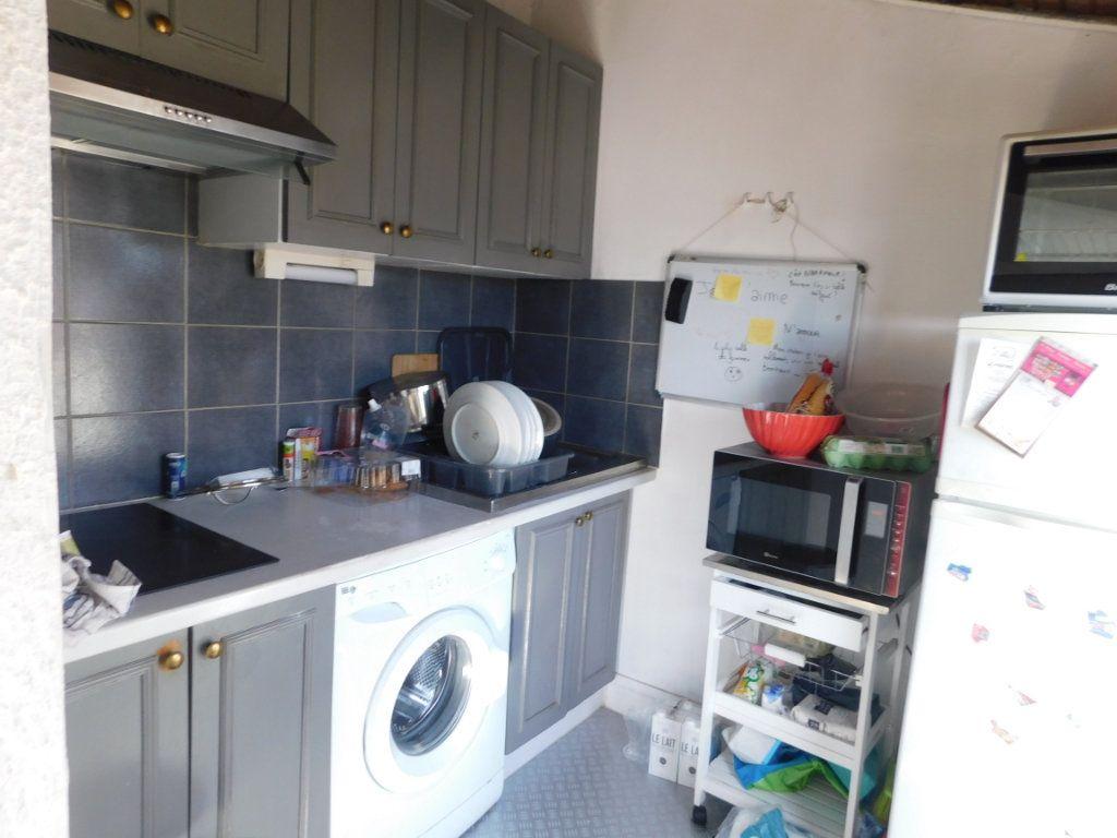 Appartement à louer 2 37m2 à Limoges vignette-4