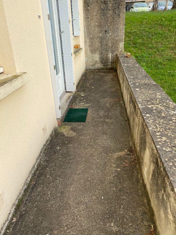 Appartement à louer 1 30m2 à Limoges vignette-8