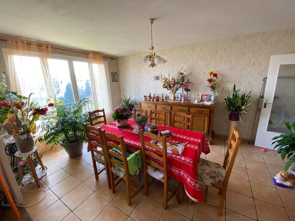Appartement à louer 4 70m2 à Limoges vignette-4