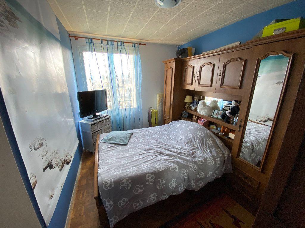 Appartement à louer 4 70m2 à Limoges vignette-8