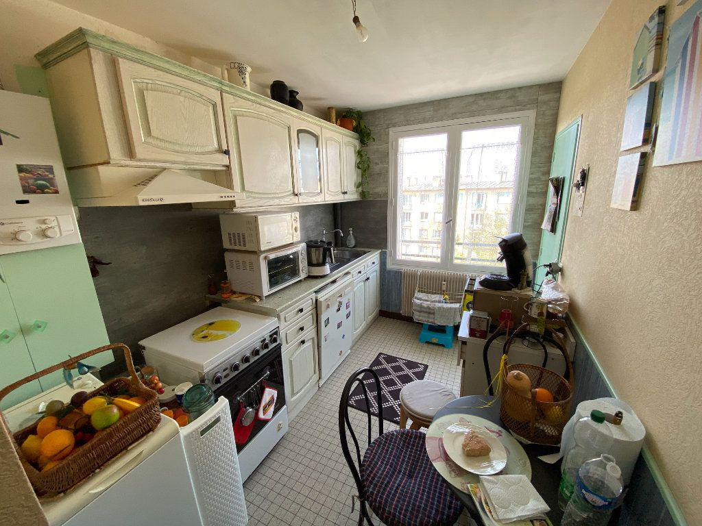 Appartement à louer 4 70m2 à Limoges vignette-9