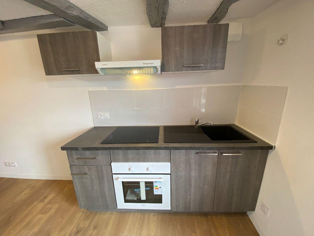 Appartement à louer 2 38.02m2 à Limoges vignette-2