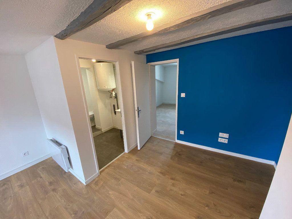 Appartement à louer 2 38.02m2 à Limoges vignette-4