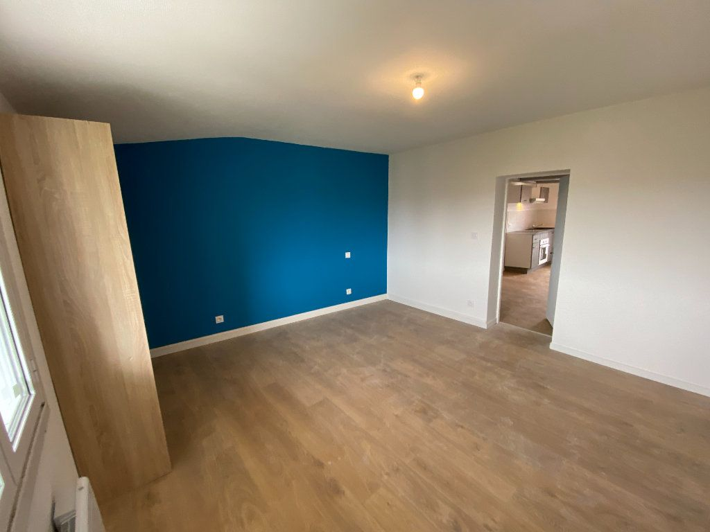Appartement à louer 2 38.02m2 à Limoges vignette-9