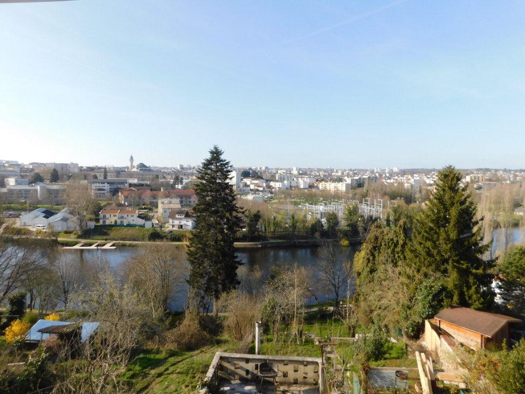 Appartement à louer 2 38.02m2 à Limoges vignette-12