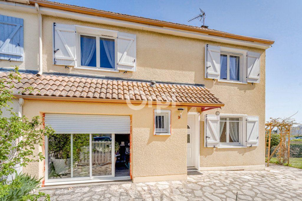 Maison à vendre 7 102m2 à Limoges vignette-1