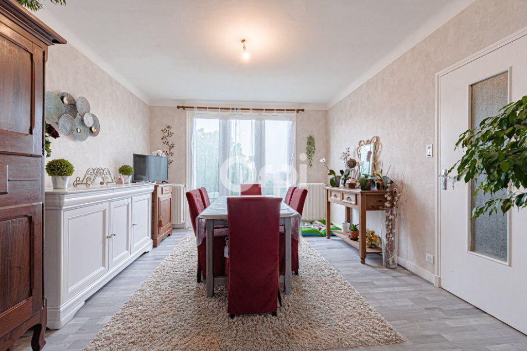 Maison à vendre 6 129m2 à Saint-Yrieix-la-Perche vignette-5
