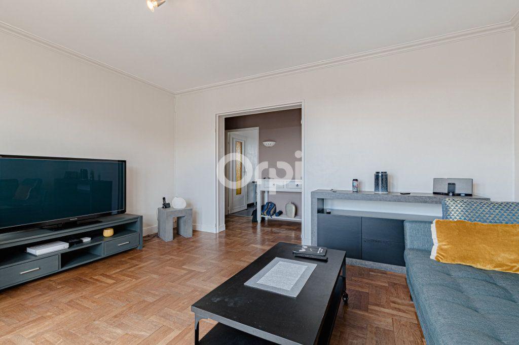 Appartement à vendre 3 65.5m2 à Limoges vignette-3