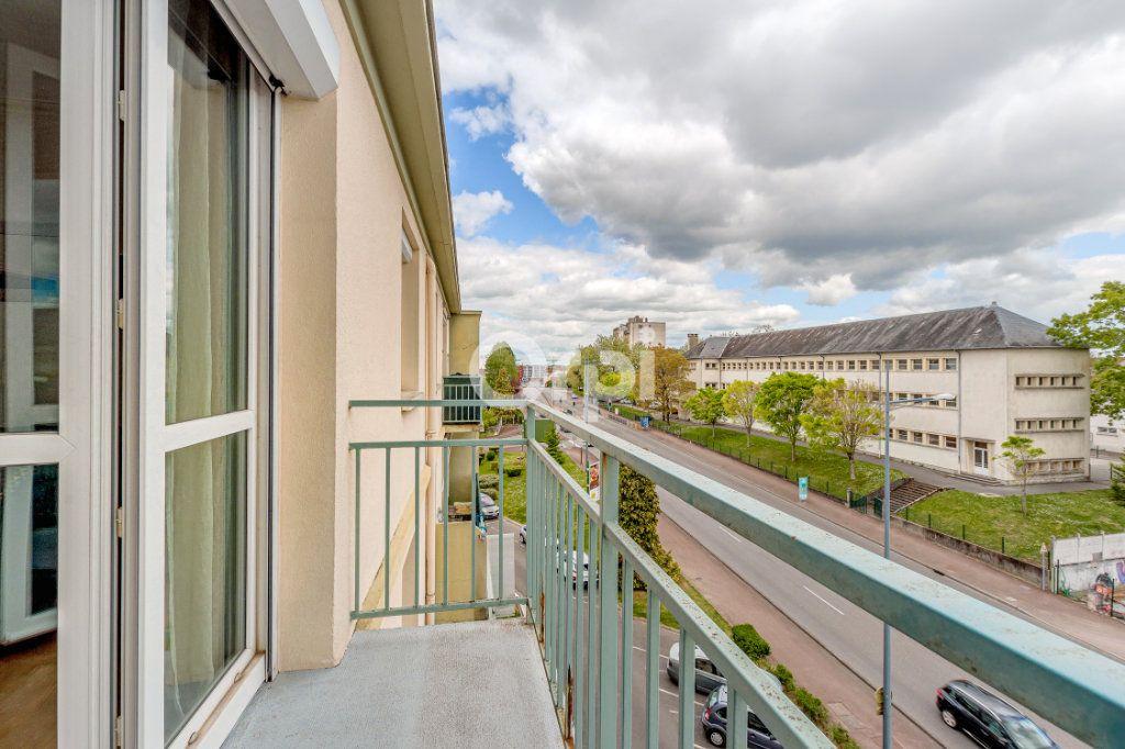 Appartement à vendre 3 65.5m2 à Limoges vignette-7