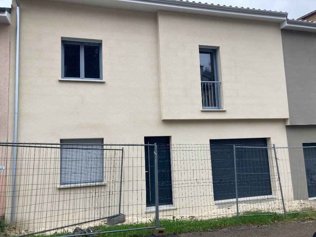 Maison à vendre 6 111m2 à Limoges vignette-2