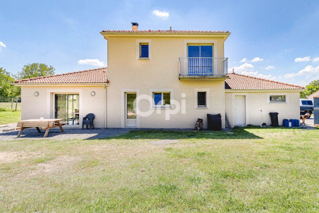Maison à vendre 5 127.22m2 à Jourgnac vignette-13