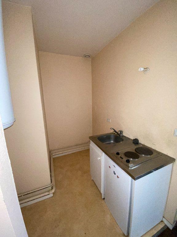 Appartement à louer 2 29.5m2 à Limoges vignette-4