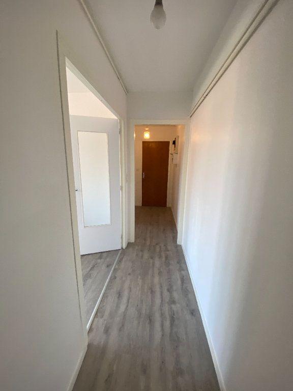 Appartement à louer 4 85m2 à Limoges vignette-11