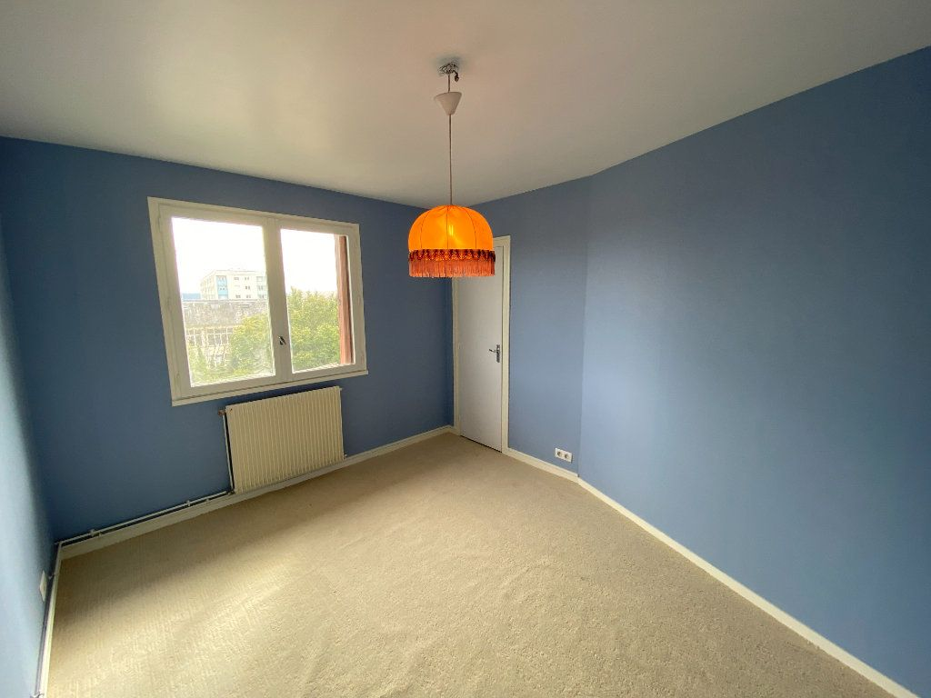 Appartement à louer 4 85m2 à Limoges vignette-15