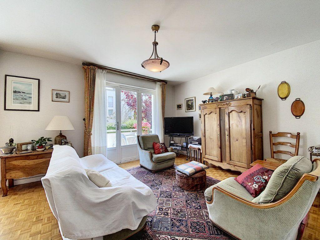 Appartement à vendre 3 74.72m2 à Lorient vignette-2