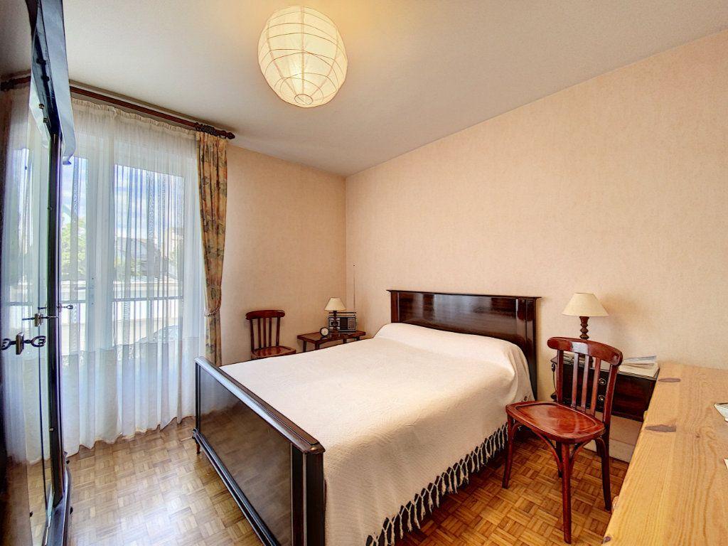 Appartement à vendre 3 74.72m2 à Lorient vignette-9