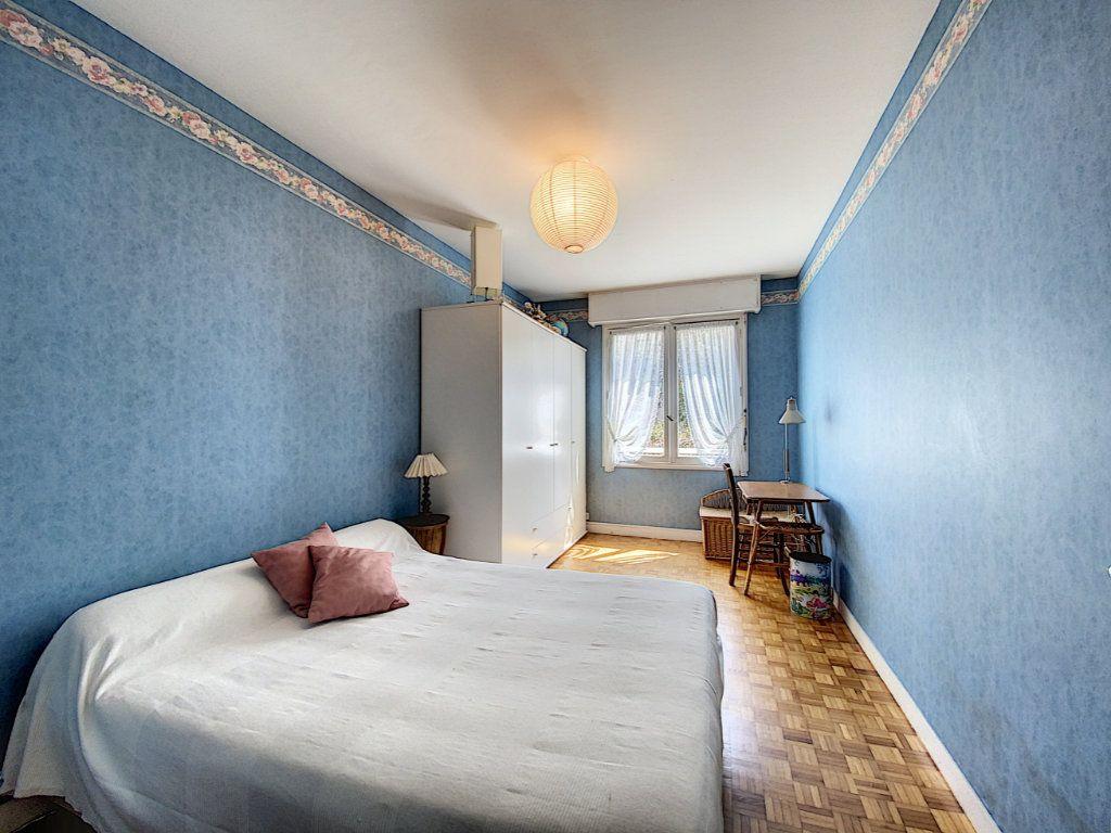 Appartement à vendre 3 74.72m2 à Lorient vignette-10