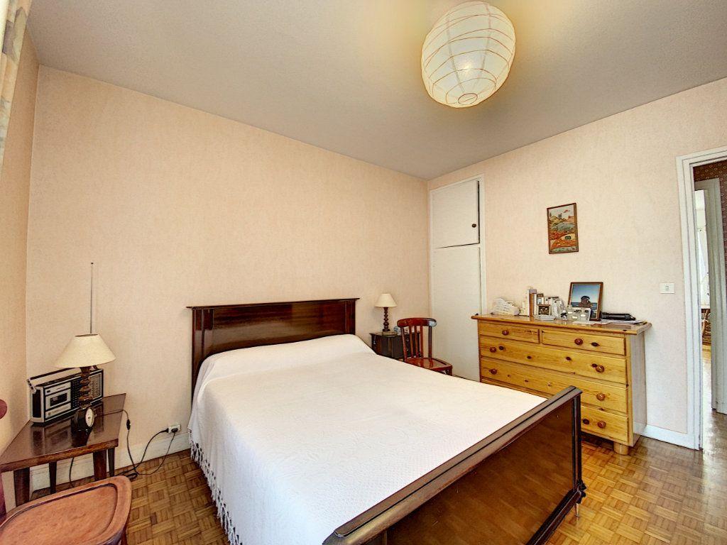 Appartement à vendre 3 74.72m2 à Lorient vignette-11
