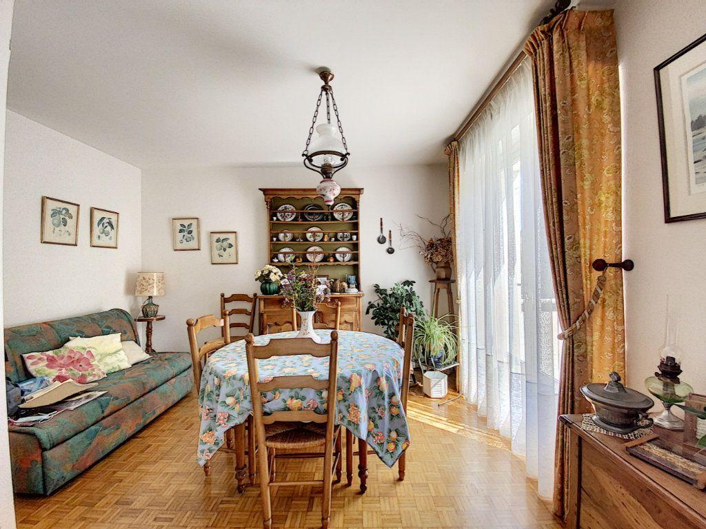 Appartement à vendre 3 74.72m2 à Lorient vignette-13