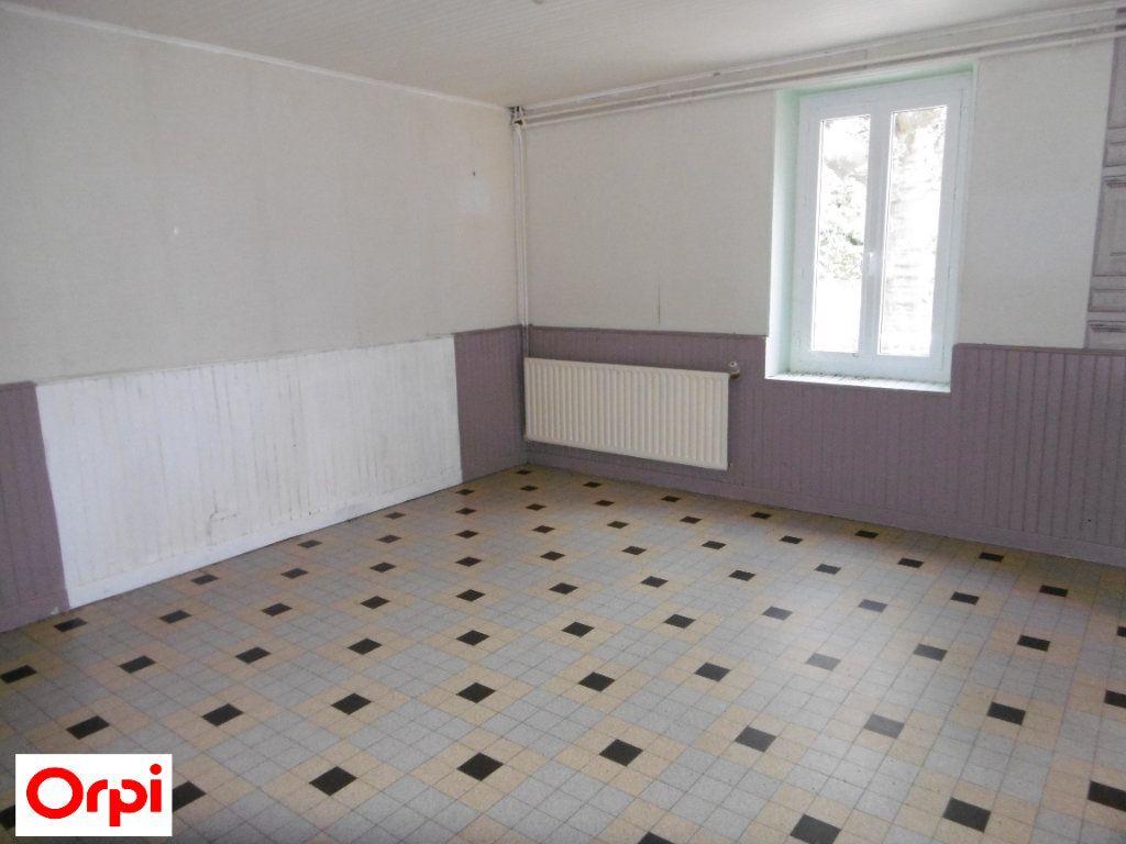 Maison à vendre 4 105m2 à Beaurepaire vignette-3