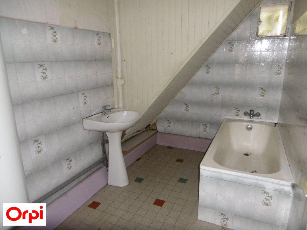 Maison à vendre 4 105m2 à Beaurepaire vignette-5