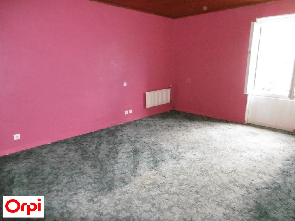 Maison à vendre 4 105m2 à Beaurepaire vignette-6