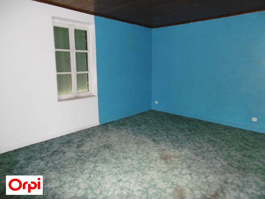 Maison à vendre 4 105m2 à Beaurepaire vignette-8